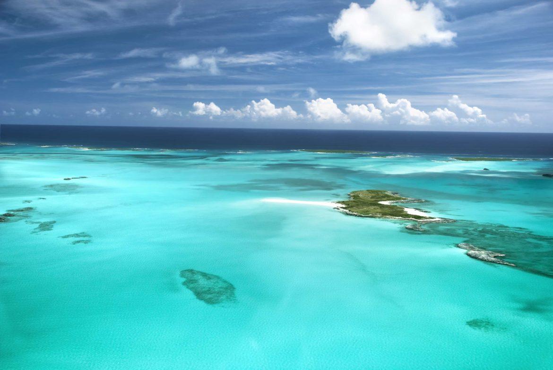 The aquamarine waters of the Florida Keys