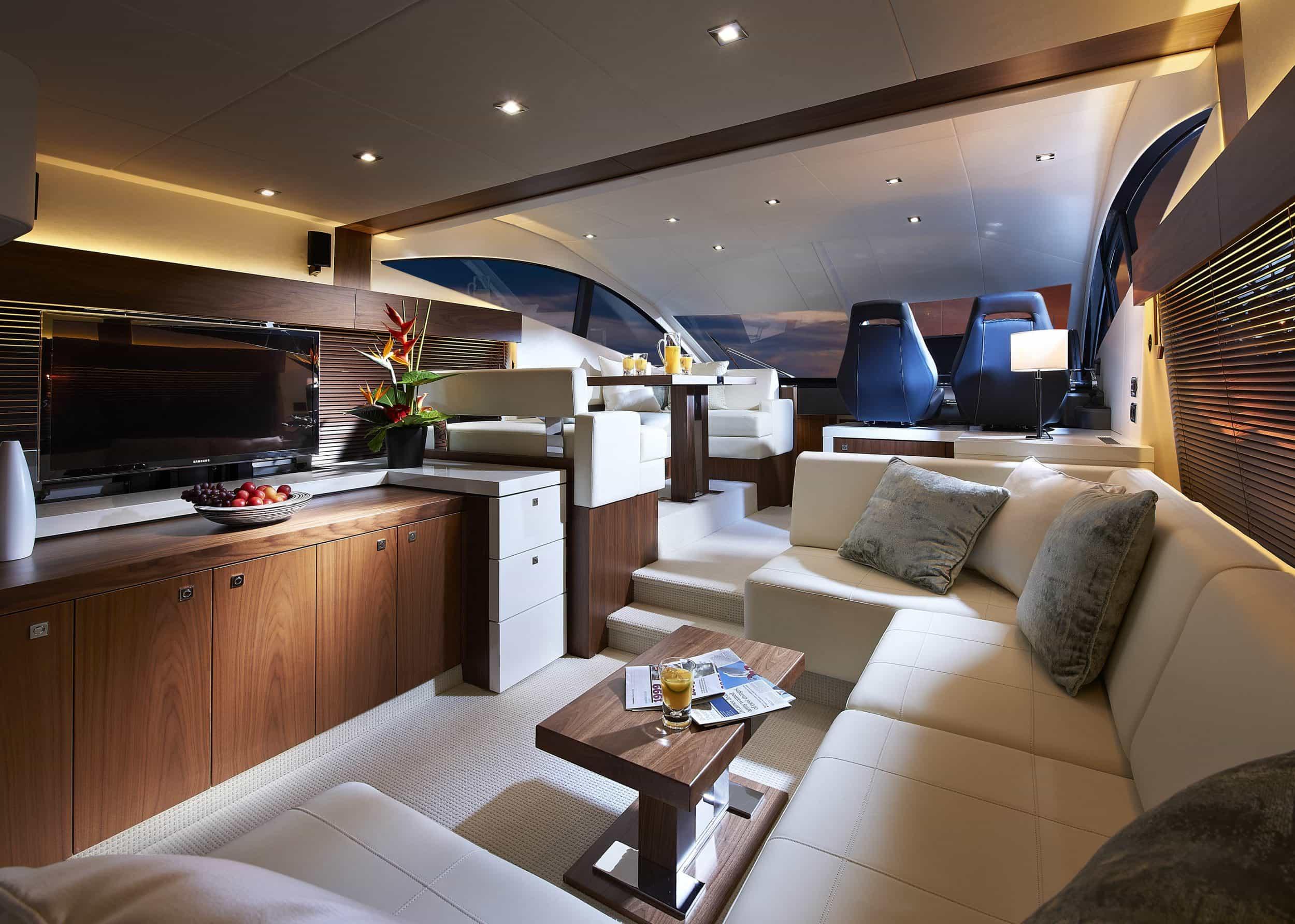 Yacht the van salon oceanscapeyachts