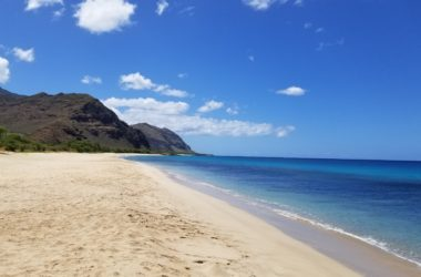 Sandy beach on Oahu, Hawaii