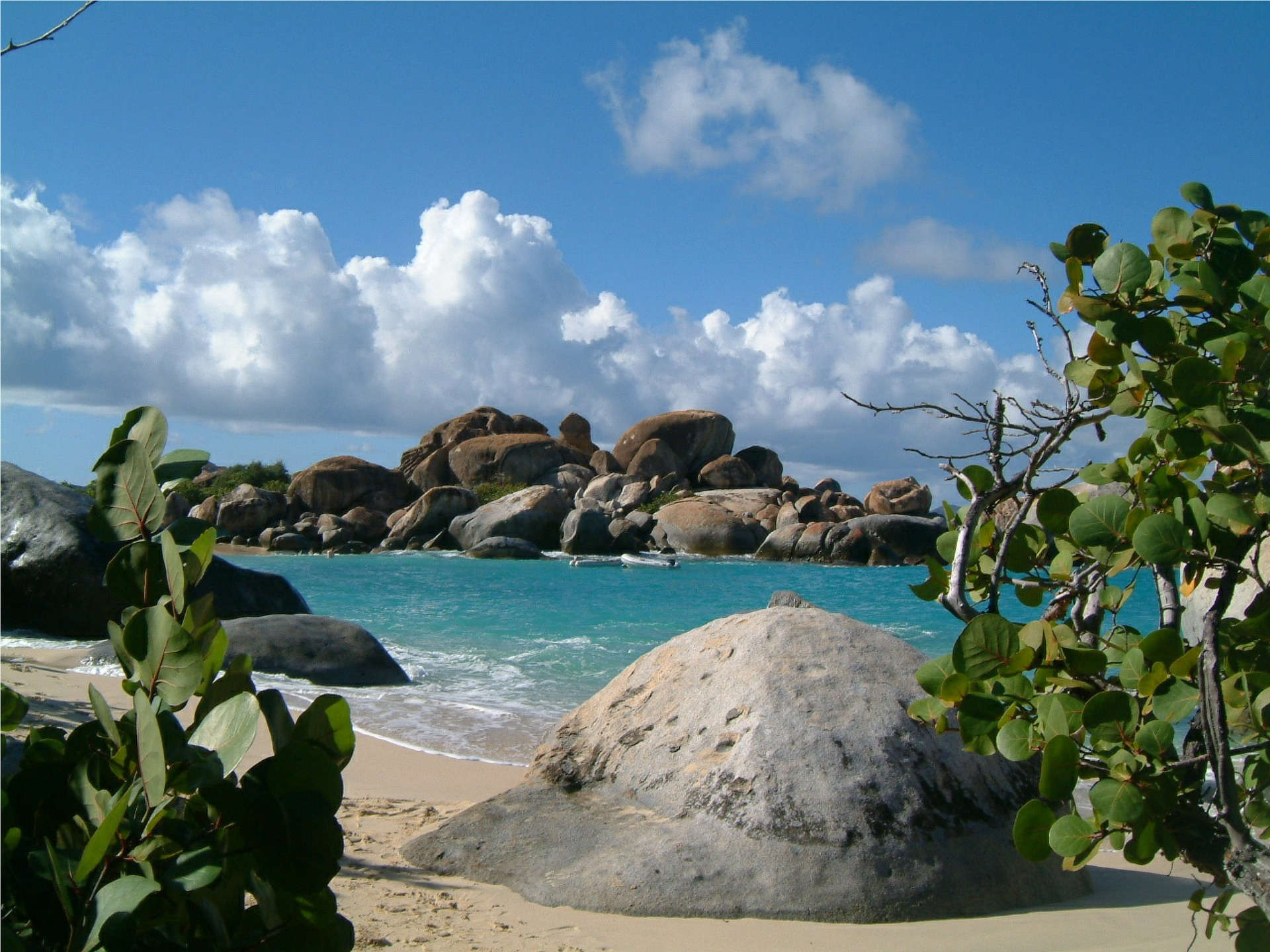 beach on the Virgin Islands with rocks in the background